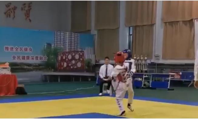儿子第四次参加跆拳道比赛|鸟叔の窝